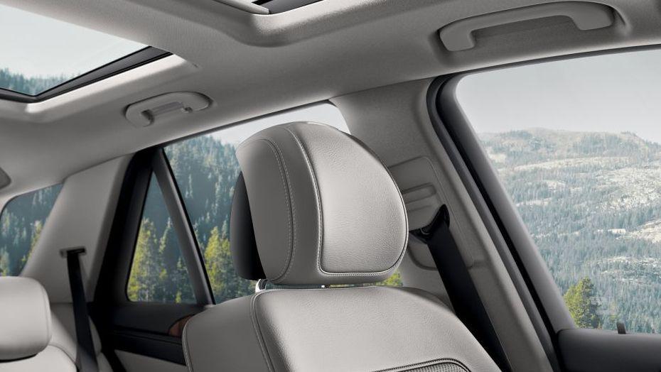 2019 Mercedes-Benz GLE GLE 450 4Matic AMG Line Interior 007