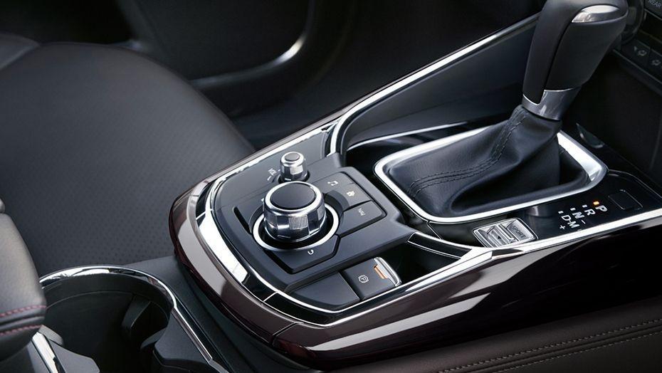 Mazda CX-9 (2018) Interior 009