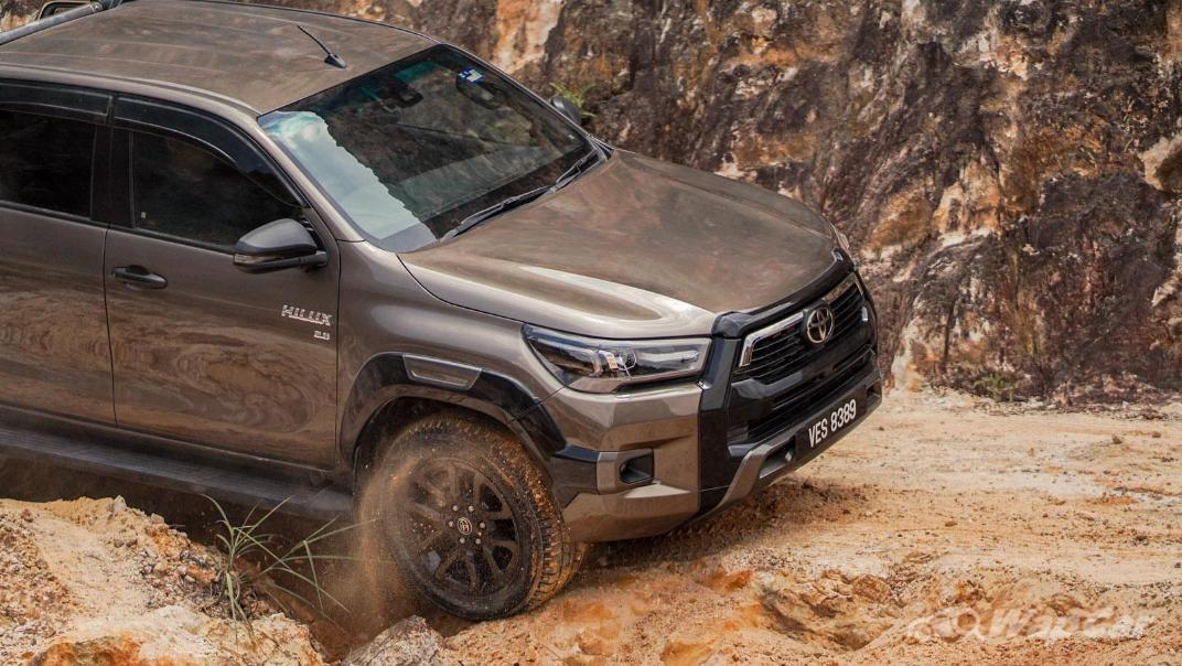 2020 Toyota Hilux Double Cab 2.8 Rogue AT 4X4 Exterior 111