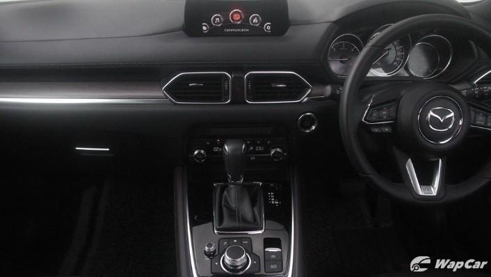 Mazda CX-8 2.2 SKYACTIVE (2019) Interior 002