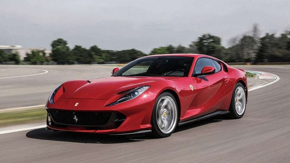 Ferrari 812 Superfast (2017) Exterior 001