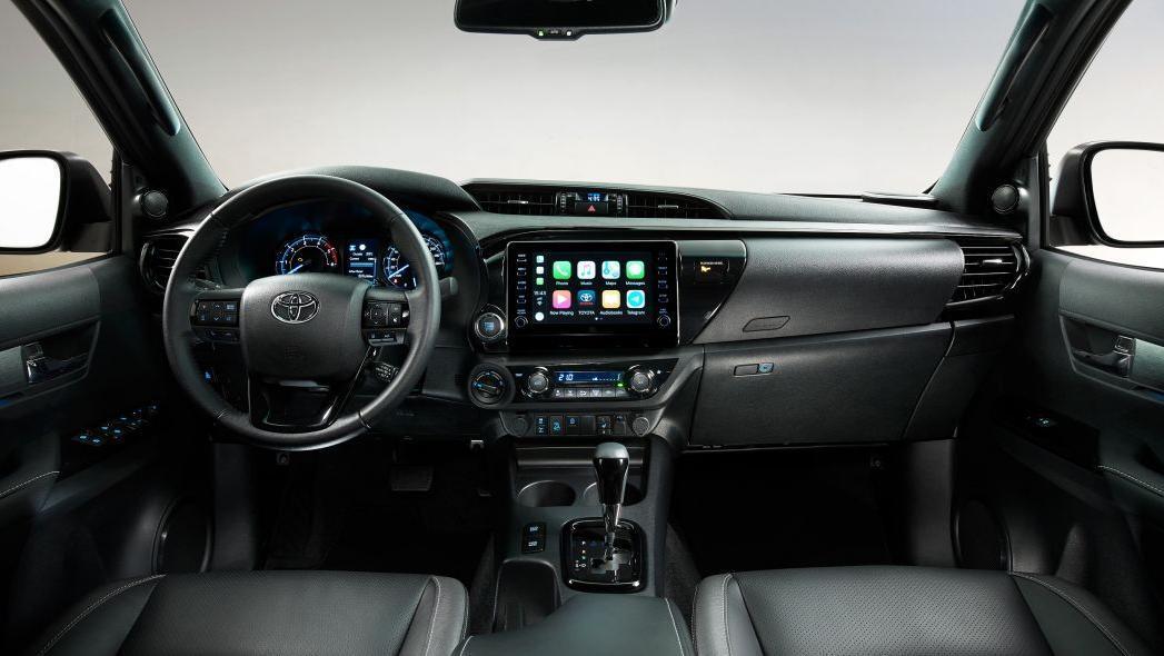 2020 Toyota Hilux Interior 001