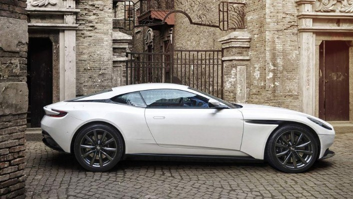 Aston Martin DB11 (2018) Exterior 004