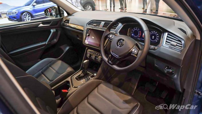 2020 Volkswagen Tiguan Allspace 2.0TSI R-Line Interior 001