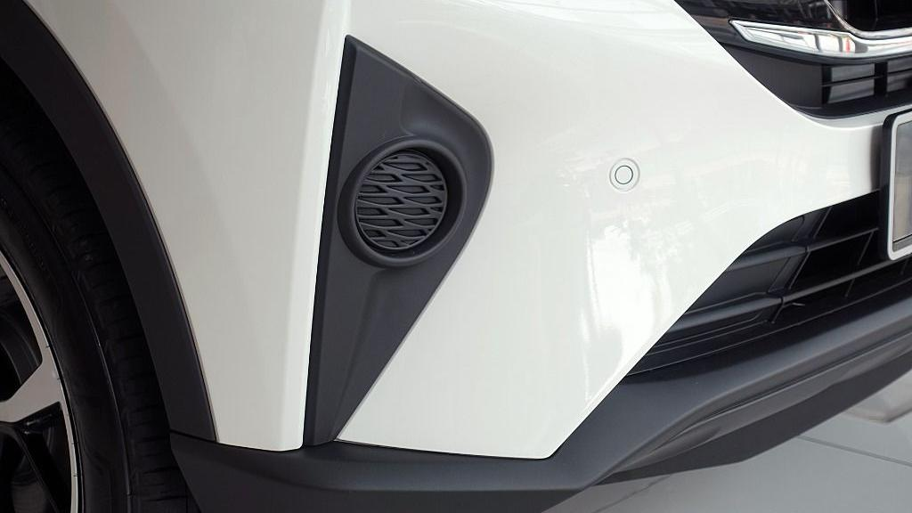 2019 Perodua Aruz 1.5 X Exterior 018