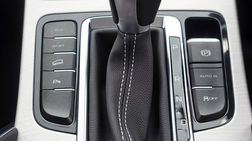 2018 Proton X70 1.8 TGDI Executive AWD Interior 028
