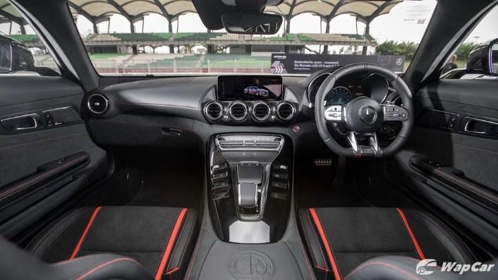 2019 Mercedes-Benz AMG GT C Interior 001