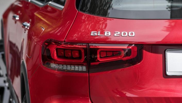 2020 Mercedes-Benz GLB 200 Progressive Line Exterior 010