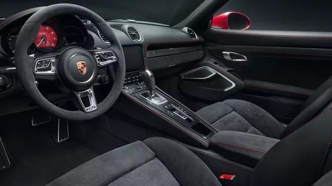 2018 Porsche 718 718 Cayman GTS Interior 002