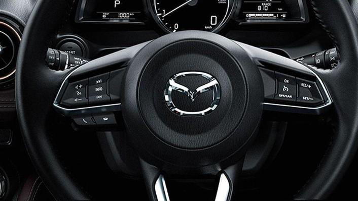 Mazda 2 Sedan (2018) Interior 007