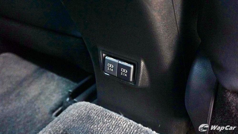 2020 Lexus UX 200 Urban Interior 052