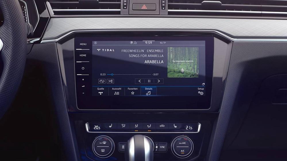 2020 Volkswagen Passat 2.0TSI Elegance Interior 109