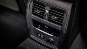 2020 BMW 3 Series 330e Exterior 013