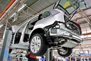 MCO 2.0: Car workshops and automotive factories allowed to operate