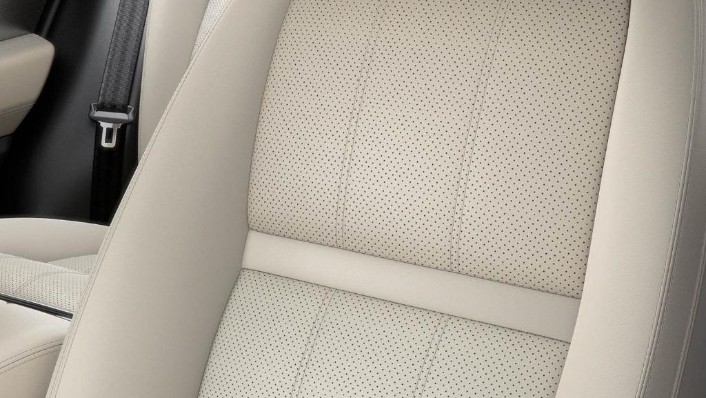 Land Rover Range Rover Velar (2018) Interior 008