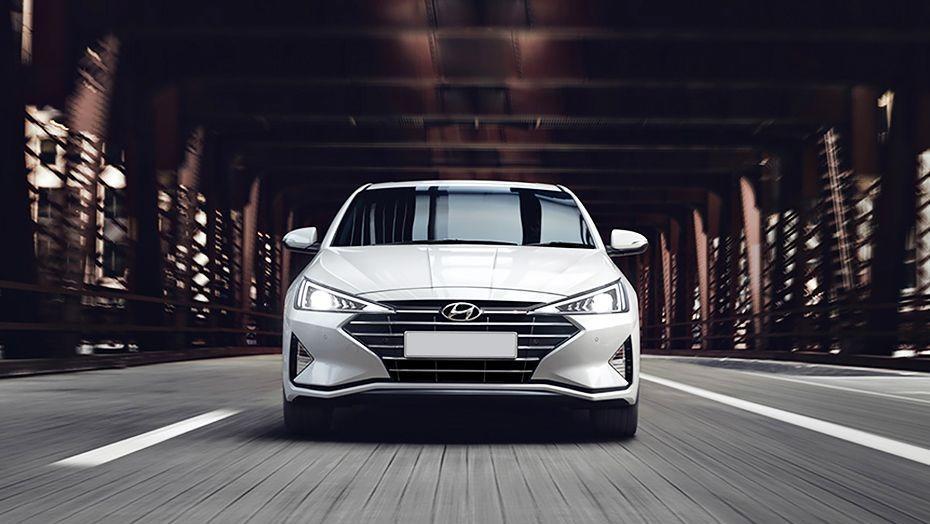 Hyundai Elantra (2018) Exterior 003