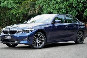 10 Kebaikan & Keburukan: BMW 320i Sport G20, best dari Mercedes-Benz C200 AMG Line?