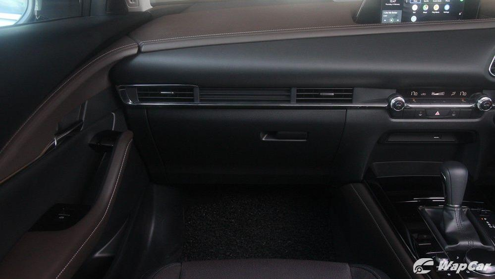 2020 Mazda CX-30 SKYACTIV-G 2.0 Interior 004