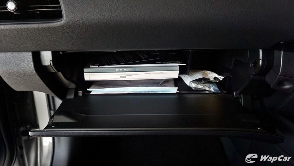 2020 Lexus UX 200 Luxury Interior 070