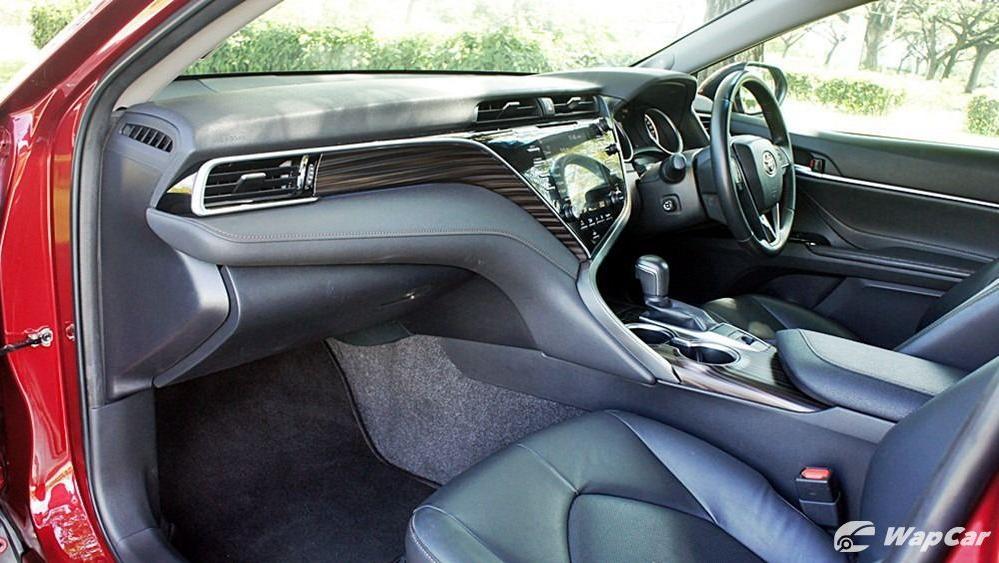 2019 Toyota Camry 2.5V Interior 098