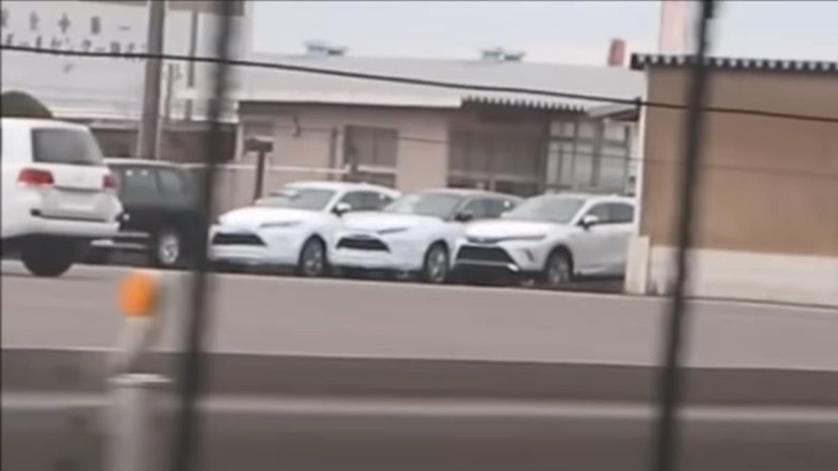 Spied: All-New 2021 Toyota Harrier, to be sold in USA as Toyota Venza 01