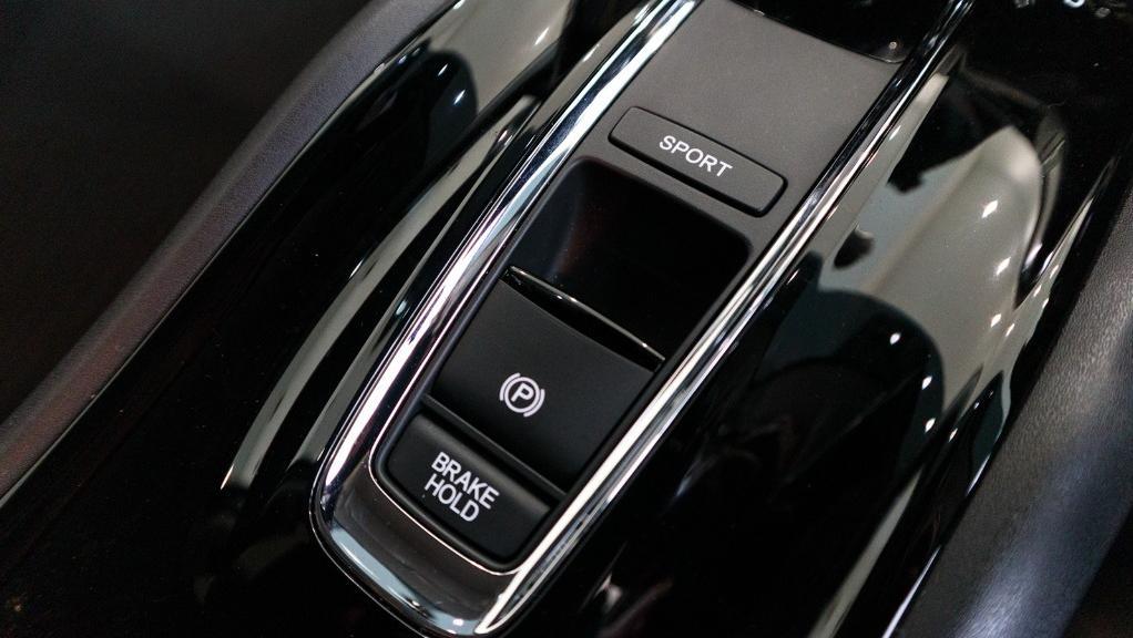 2019 Honda HR-V 1.5 Hybrid Interior 021