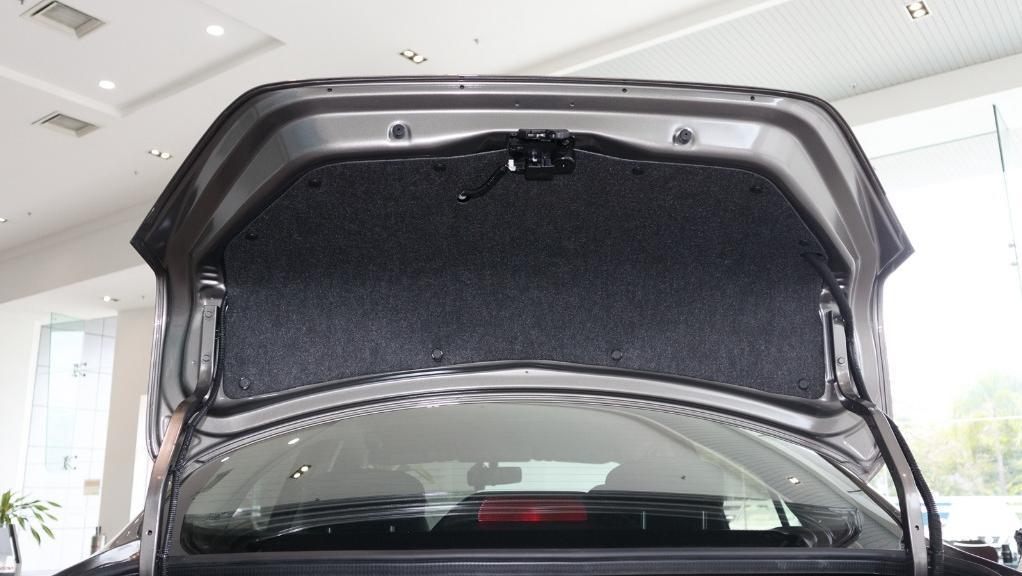 2018 Nissan Almera 1.5L VL AT Interior 042