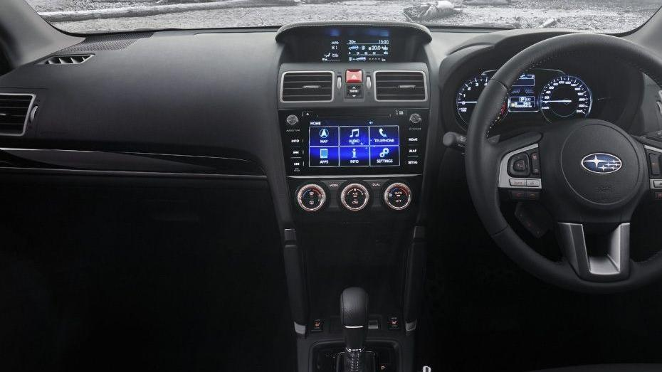 Subaru Forester (2018) Interior 002