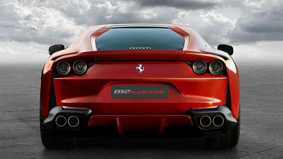 Ferrari 812 Superfast (2017) Exterior 005