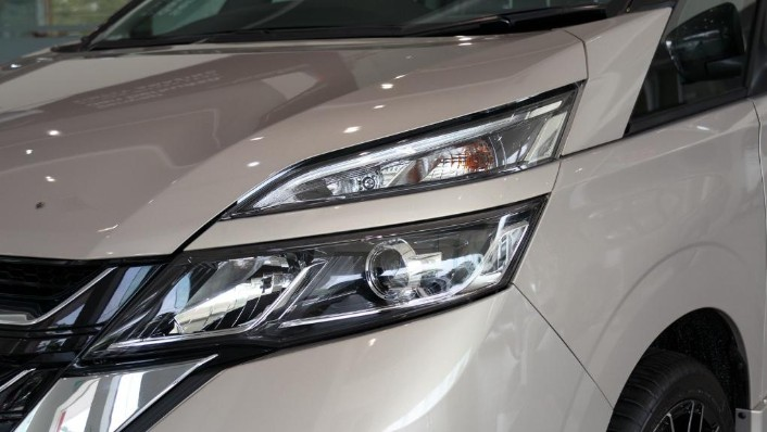2018 Nissan Serena S-Hybrid Highway Star 2.0 Exterior 005