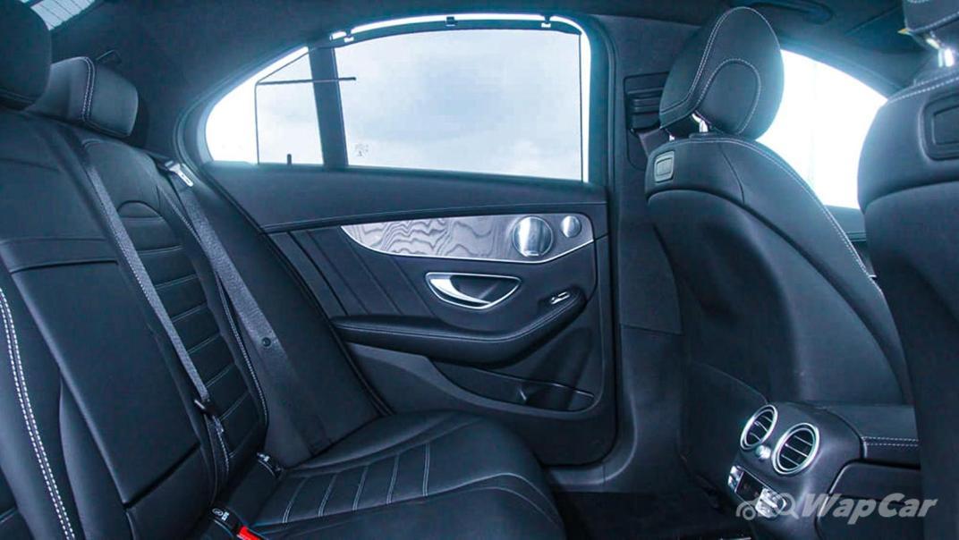 2018 Mercedes-Benz C-Class C 300 AMG Line Interior 052