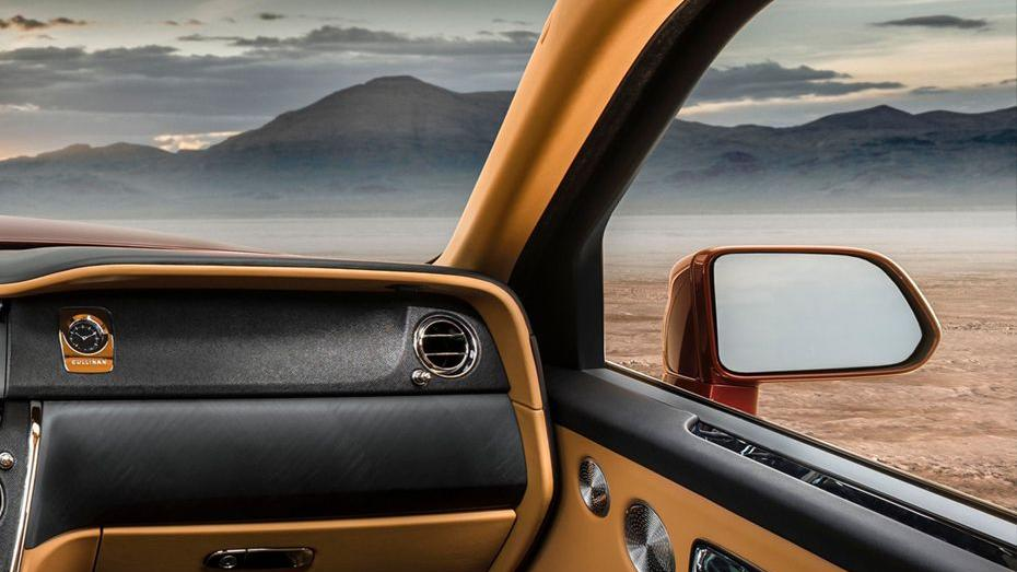 2018 Rolls-Royce Cullinan Cullinan Interior 009