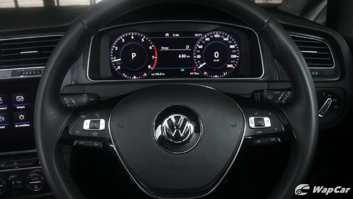 2018 Volkswagen Golf 1.4 TSI R-Line Interior 004