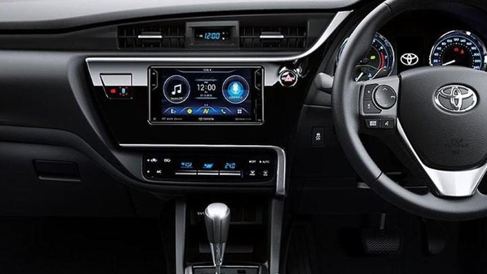 Toyota Corolla Altis (2018) Interior 006