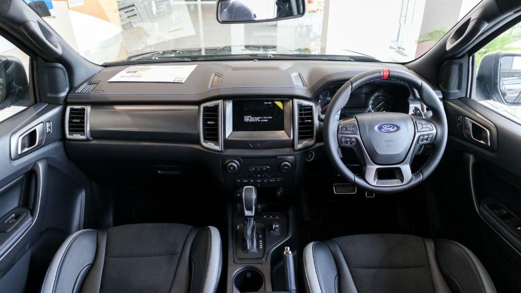 2019 Ford Ranger Raptor 2.0L 4X4 High Rdier Interior 001