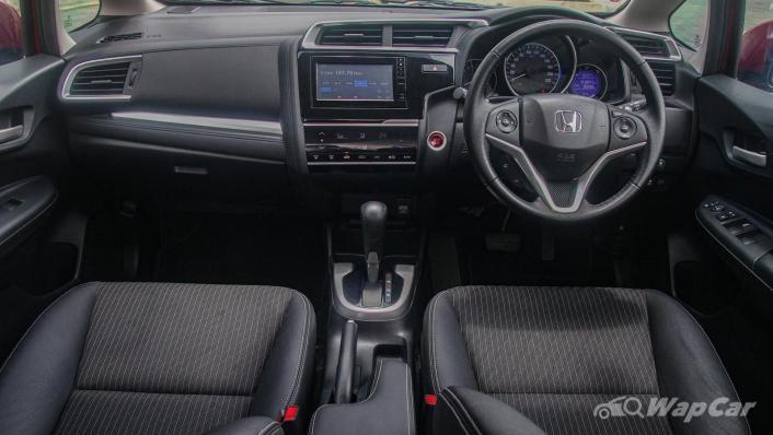 2019 Honda Jazz 1.5 V Interior 001