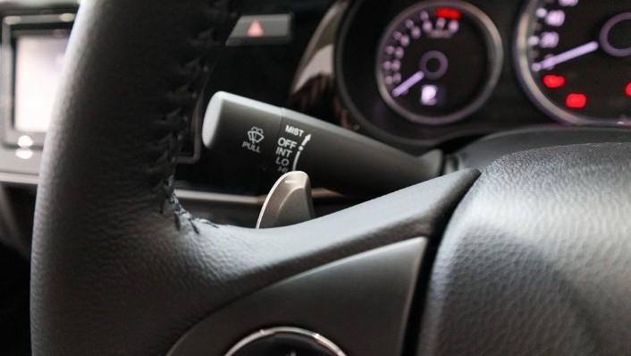 2018 Honda City 1.5 V Interior 008