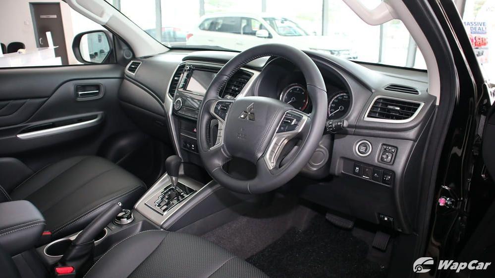 2019 Mitsubishi Triton VGT Adventure X Interior 002