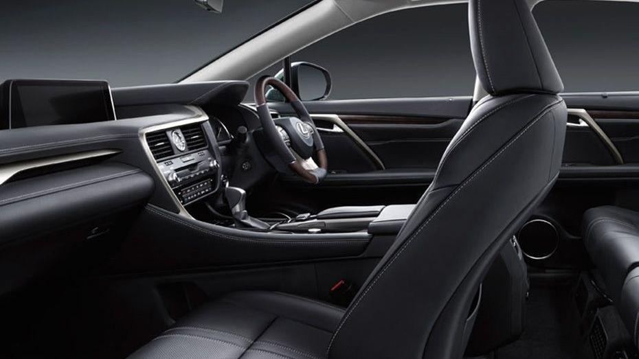 Lexus RX (2018) Interior 004