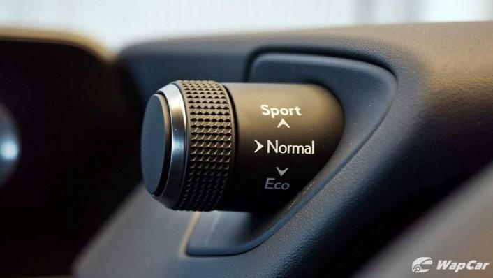 2020 Lexus UX 200 Urban Interior 010