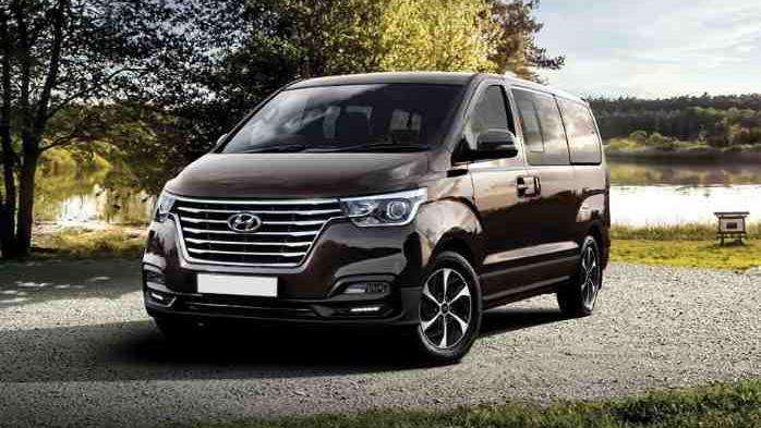Hyundai Grand Starex (2018) Exterior 001