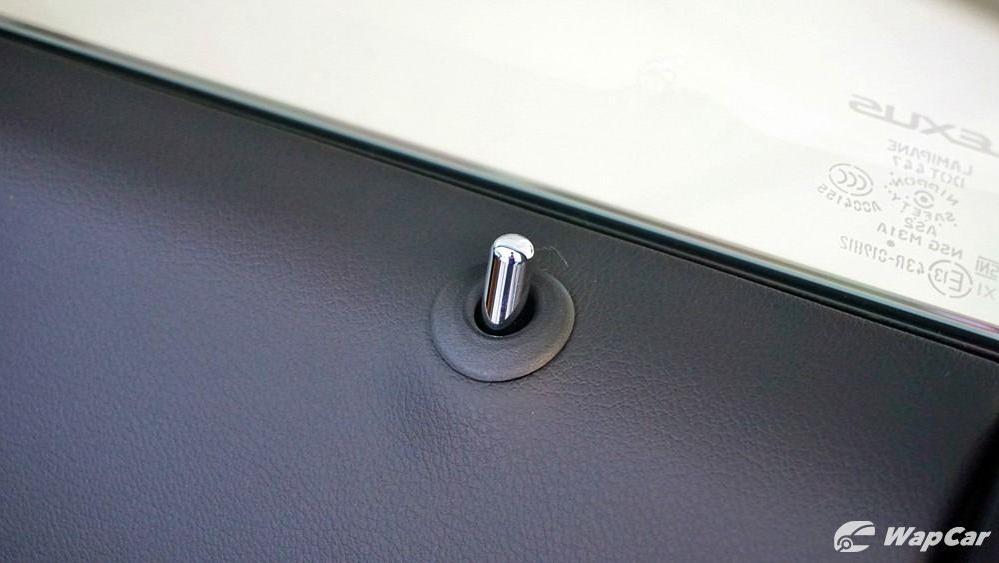 2020 Lexus UX 200 Luxury Interior 059
