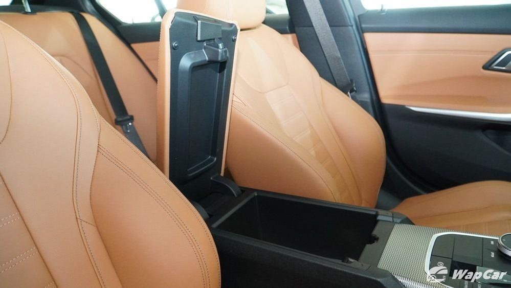 2019 BMW 3 Series 330i M Sport Interior 052