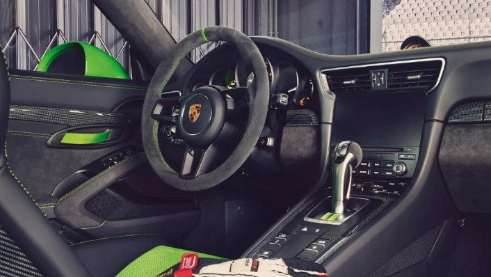 2019 Porsche 911 GT3 RS Interior 001