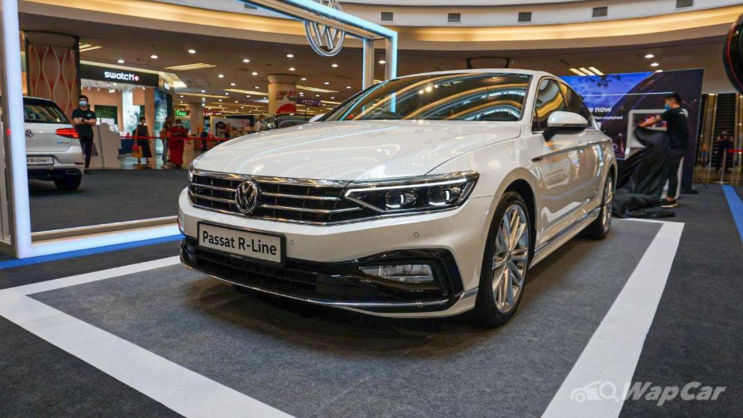 2020 Volkswagen Passat 2.0TSI R-Line Exterior 014