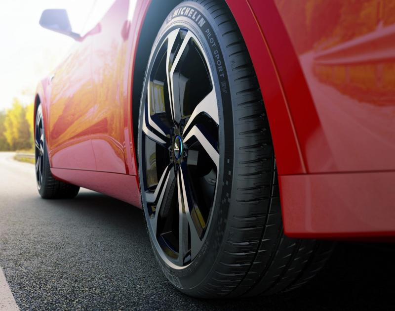 New Michelin Pilot Sport tyres launched! But it's only for EVs 02