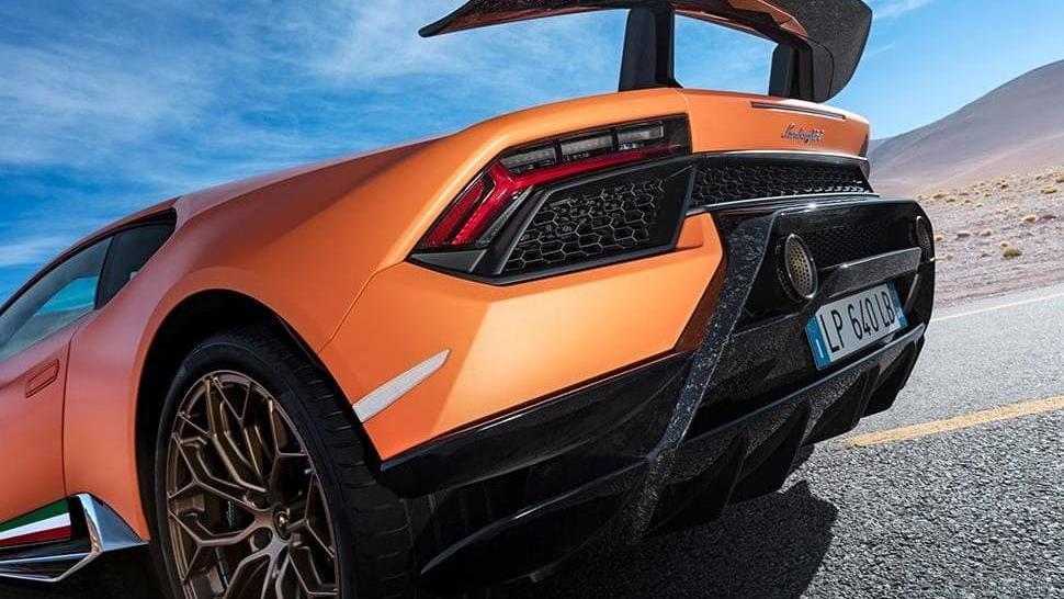 Lamborghini Huracán (2017) Exterior 018