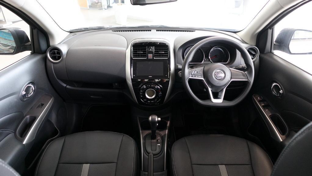 2018 Nissan Almera 1.5L VL AT Interior 001