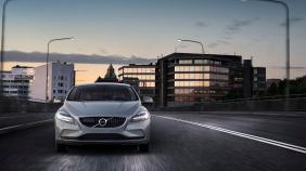 Volvo V40 (2018) Exterior 002