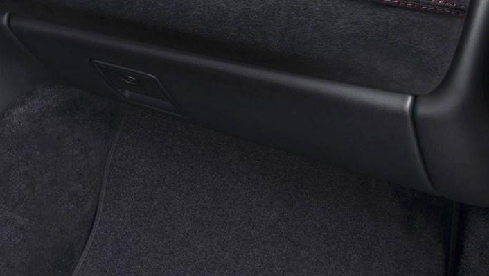 2018 Maserati GranTurismo GranTurismo MC Interior 007
